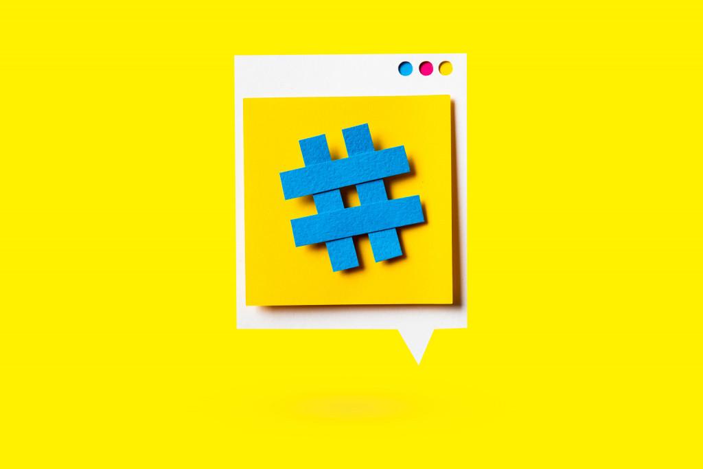 Hashtag Social Media Influencer Instagram Youtube Werbung Twitter Follower Impressum Nutzungsbedingungen rechtssicheres Profil Schleichwerbung Abmahnung NetzDG allgemeines Persönlichkeitsrecht