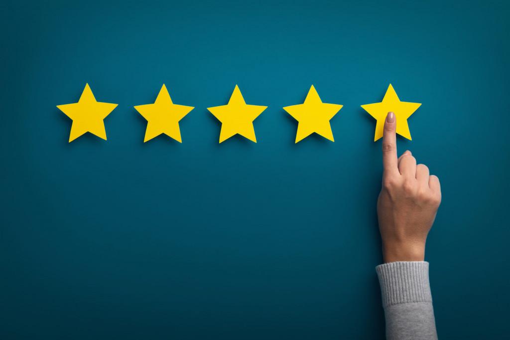 Kunden Bewertung Internet Google Stern schlechte Bewertung kein Kunde Abmahnung Unterlassung
