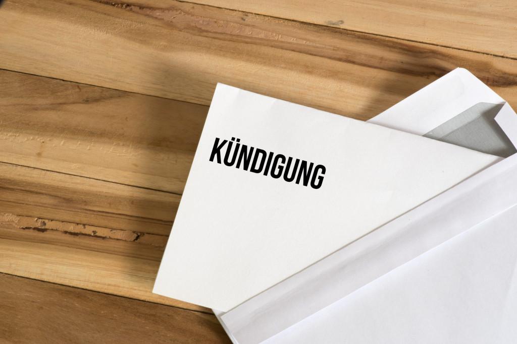 Kündigung Arbeitsrecht Kündigungsschutzklage Klage gegen Arbeitgeber Kündigungsfrist Abmahnung Aufhebungsvertrag betriebsbedingte Kündigung